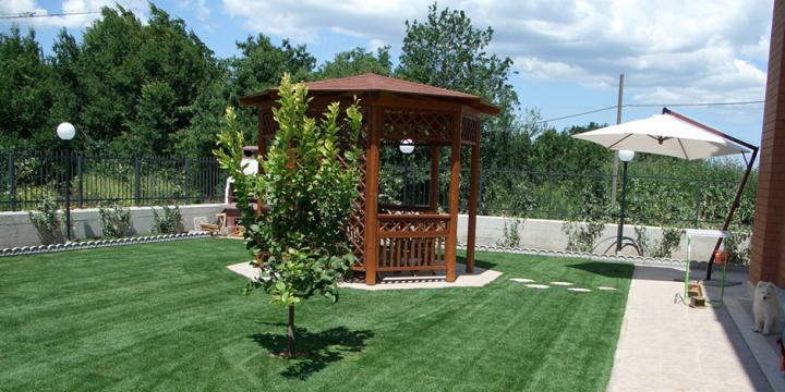 Manutenzione giardini roma latina giardiniere viterbo rieti for Manutenzione giardini